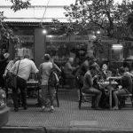 Bar Las Tipas: el ajedrez a la vereda