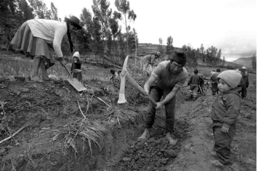 America Latina poblaciones rurales la-tintA