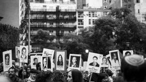El Equipo Argentino de Antropología Forense busca identificar cientos de cuerpos que tiene bajo custodia