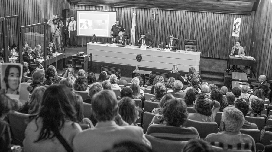 Lesa-Humanidad-Desaparecidos-Cordoba-Juicio-Causa-Montiveros-Tribunales-Colectivo-Manifiesto-06