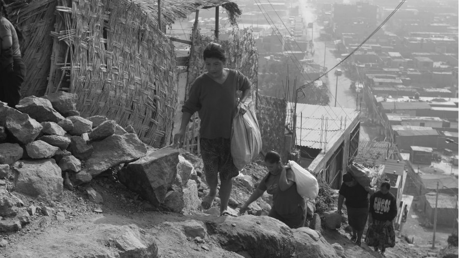 Peru pobreza rural la-tinta