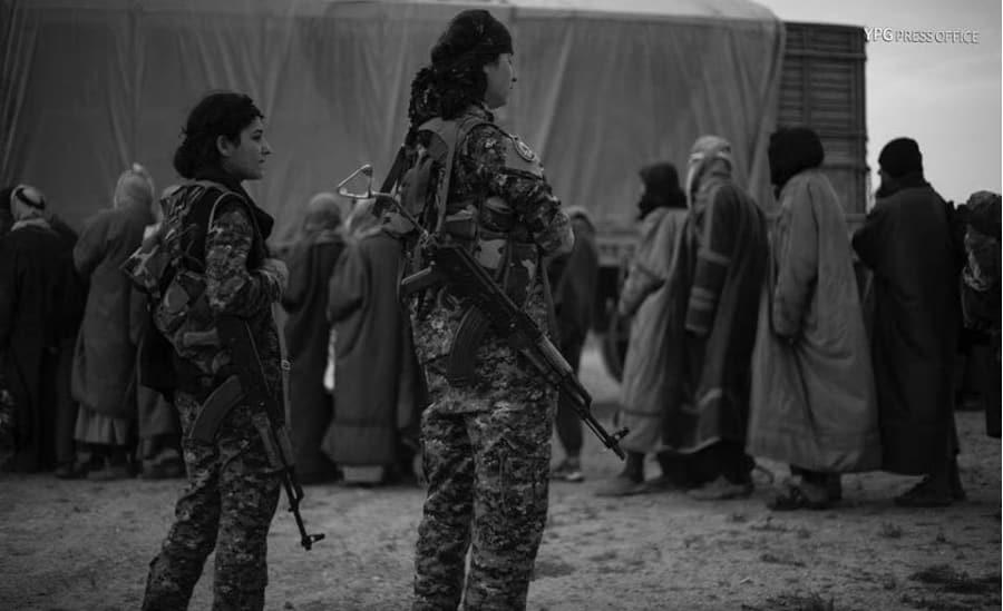 Siria Deir Ezzor YPJ civiles la-tinta