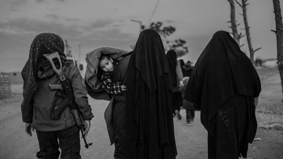 Siria Deir Ezzor mujeres rescatadas la-tinta
