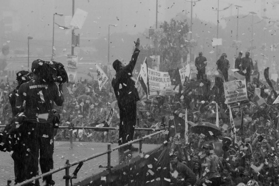 Venezuela Hugo Chavez acto la-tinta