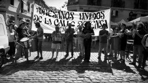 """Artesanxs de San Telmo: """"Ni un domingo más sin trabajar"""""""