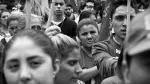"""Contra el """"lawfare"""" y la subjetividad troll: gobierno crítico de nosotros mismos"""