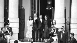 El costoso y desproporcionado operativo para recibir a la monarquía