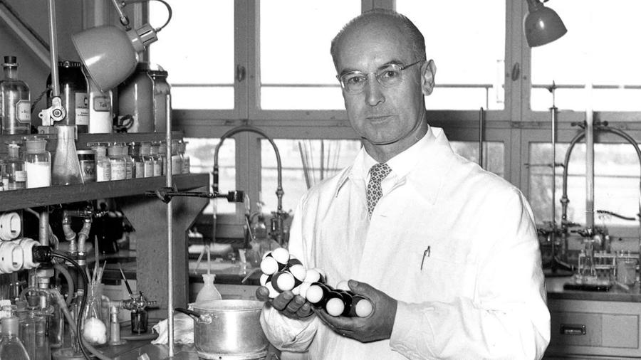 Albert-Hofmann-acido-lisergico-LSD-Cientifico-02