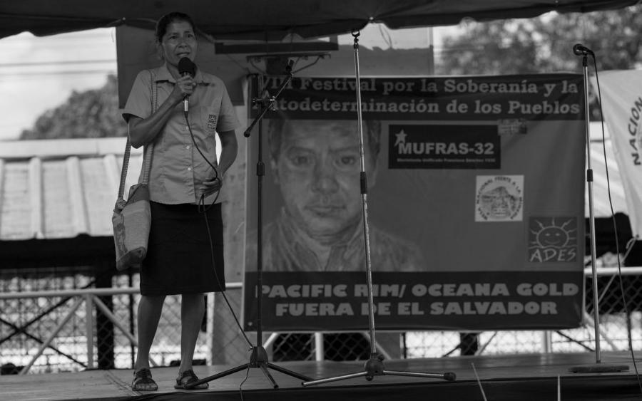 El salvador Vidalina Morales defensora del agua la-tinta
