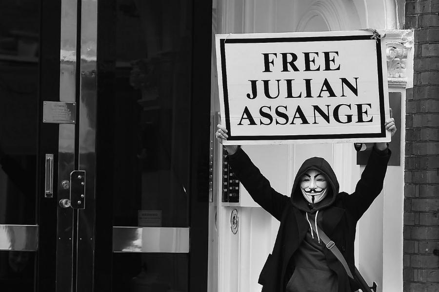 Julian Assange libertad la-tinta