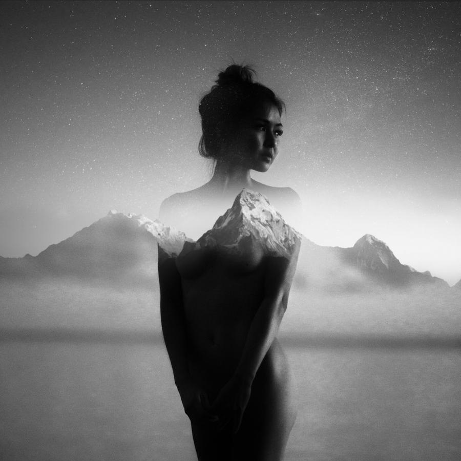 Montaña-mujer-desnudo-retrato-Christopher-James