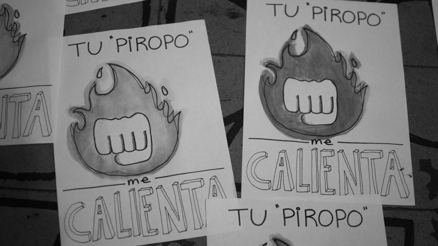 Pegatina-feminismo-acoso-callejero-piropo-arte-colectivo-manifiesto-02