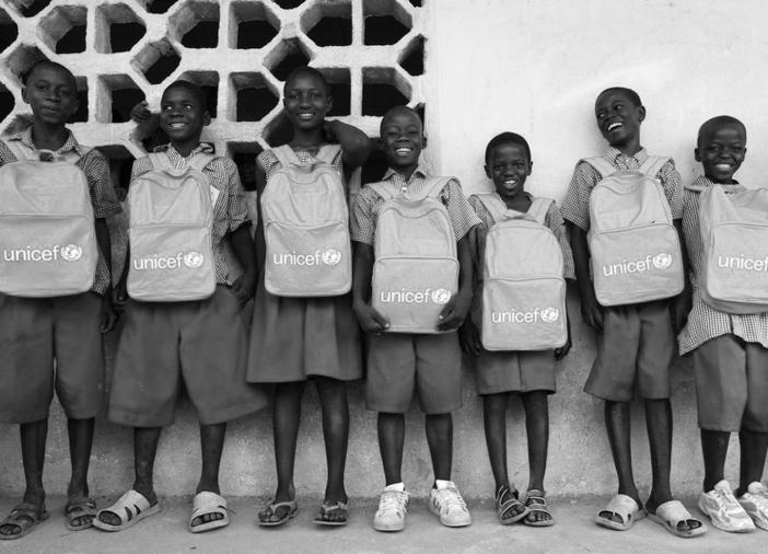 Unicef-ong-negros-niños-nenes-pobreza-caridad