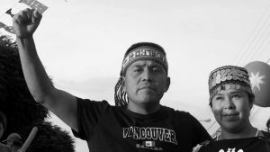 "Hija de lonko Curamil por premio ambiental: ""La razón del encarcelamiento de mi padre es la lucha por la vida"""