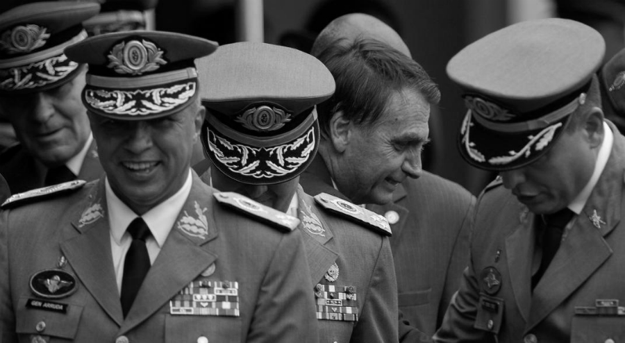 Brasil Bolsonaro militares la-tinta