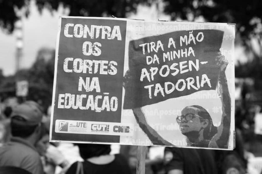 Brasil protesta contra recorte educacion la-tinta
