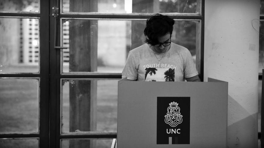 Elecciones-UNC-votacion-universidad-Cordoba-estudiantes-rector-alumnos-La-tinta-05