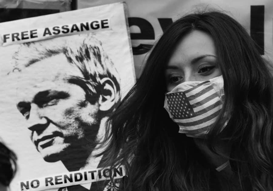 Estados Unidos libertad a Julian Assange laa-tinta