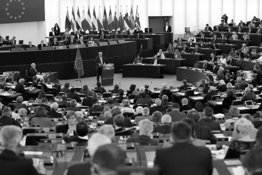 Europa parlamento representantes la-tinta
