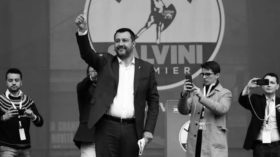 Italia Mateo Salvini la-tinta