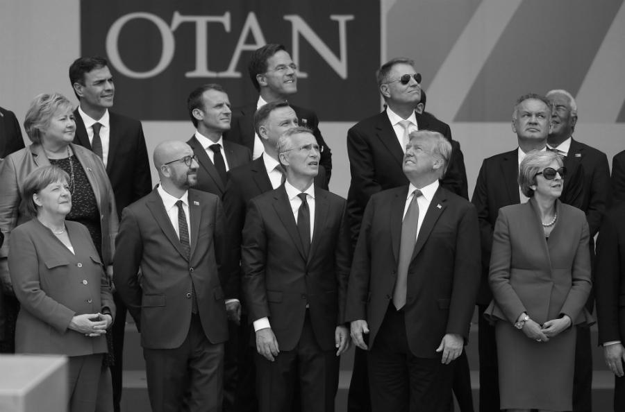 OTAN cumbre de presidentes la-tinta