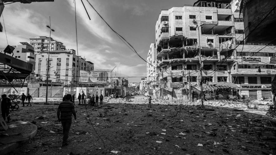 Palestina Gaza despues de bombardeos la-tinta