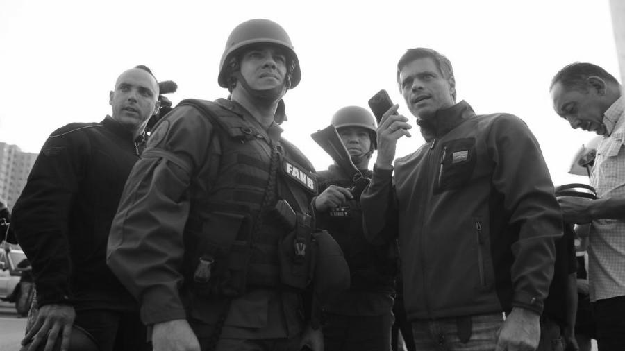 Venezuela militares con Leopoldo Lopez la-tinta
