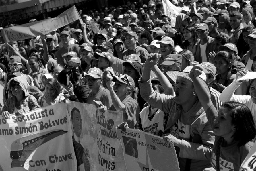 Venezuela mujeres chavistas movilizadas la-tinta