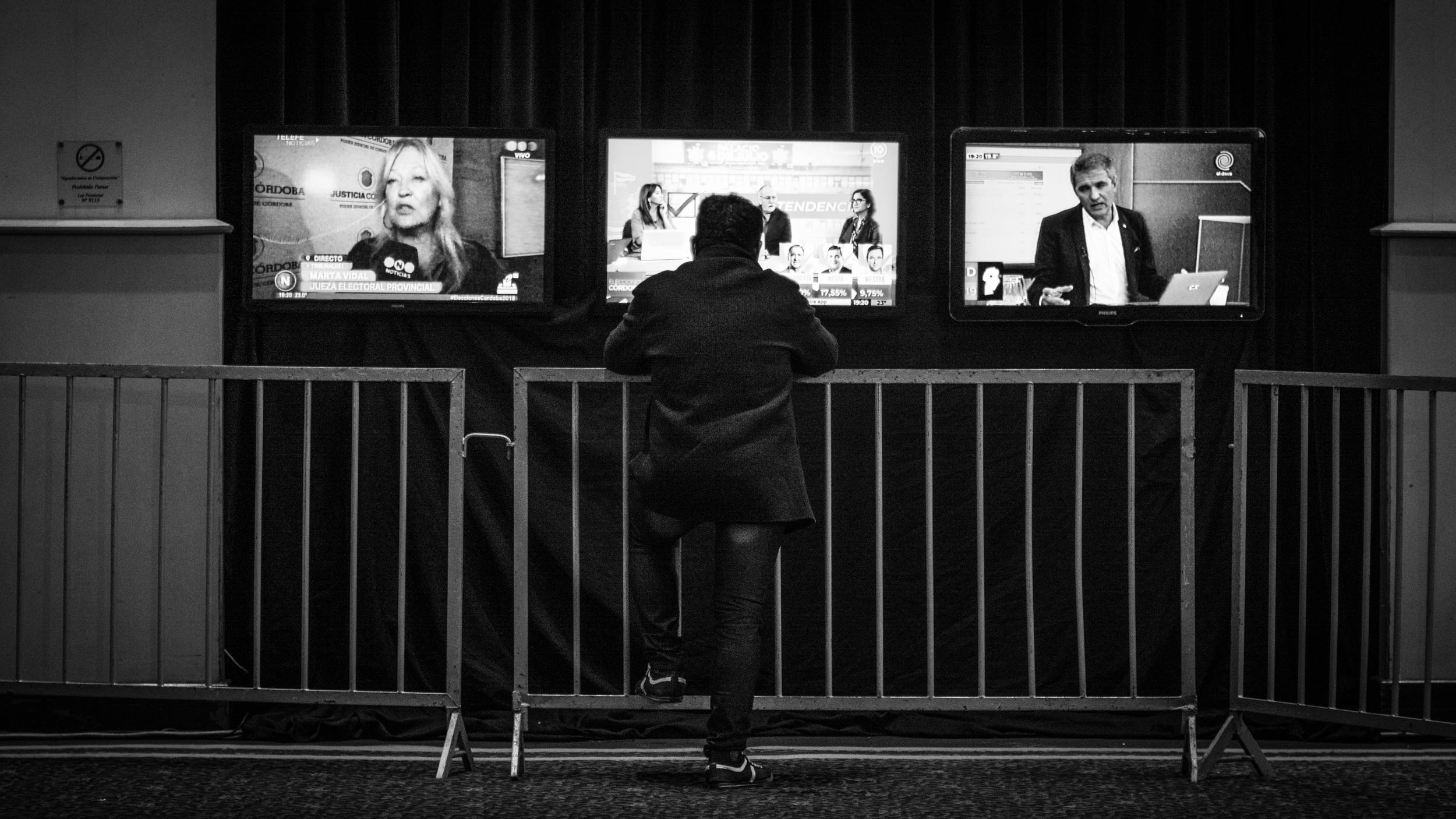 elecciones-córdoba-2019-bunker (1)