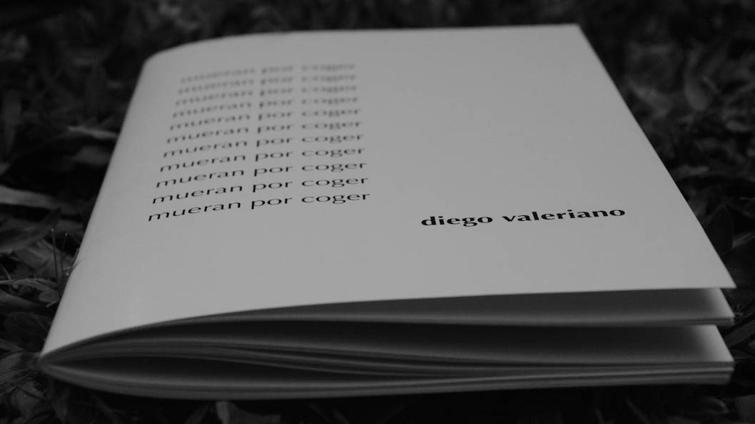 valeriano-mueran-coger-libro
