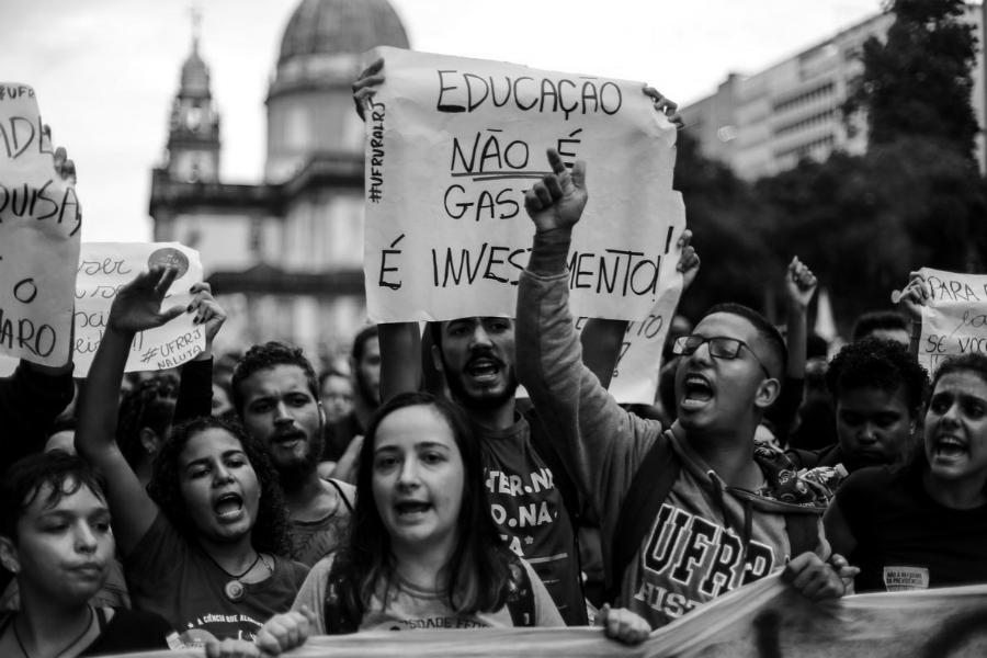 Brasil protesta estudiantil la-tinta