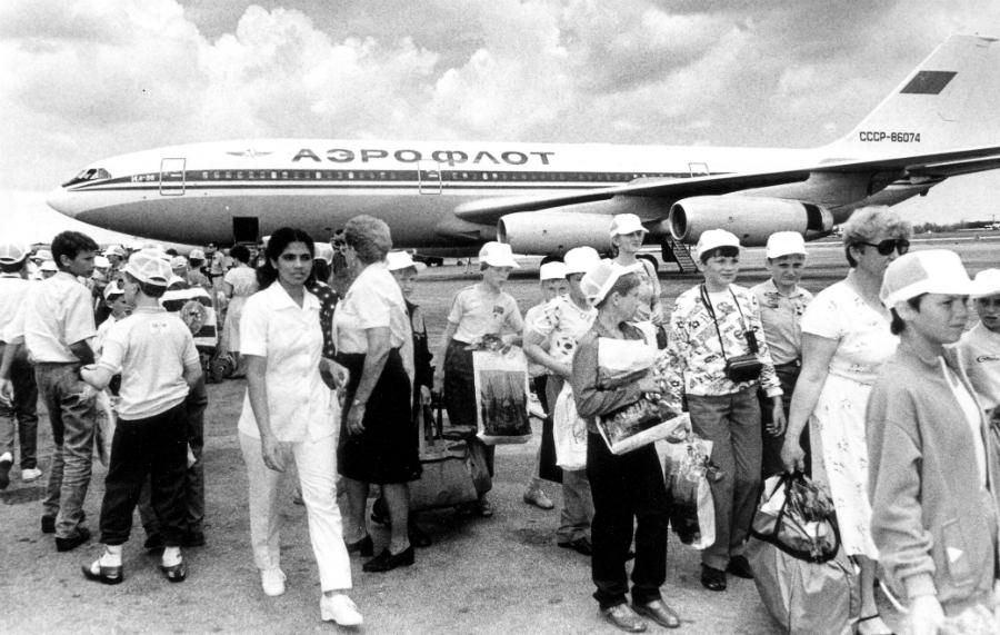 Cuba niños sovieticos afectados por Chernobil la-tinta