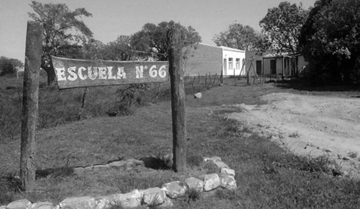 Escuela-66-Gualeguaychu-docente-fumigaciones-veneno-agrotoxicos-01
