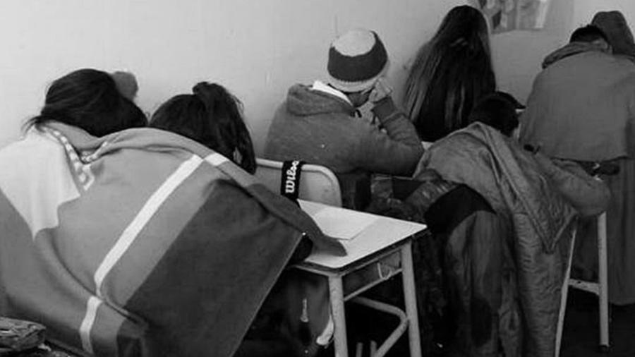 Escuela-frio-alumnos-educacion-publica-Mar-del-Plata-01