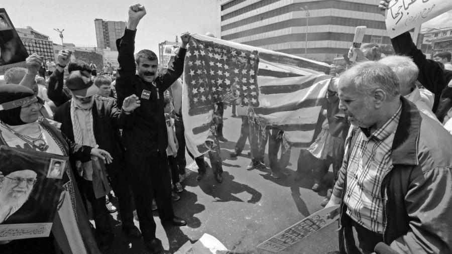 Iran protestas contra Estados Unidos la-tinta