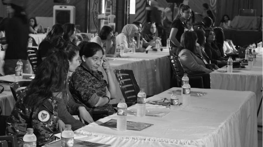 Kurdistan sirio asamblea de mujeres participantes la-tinta