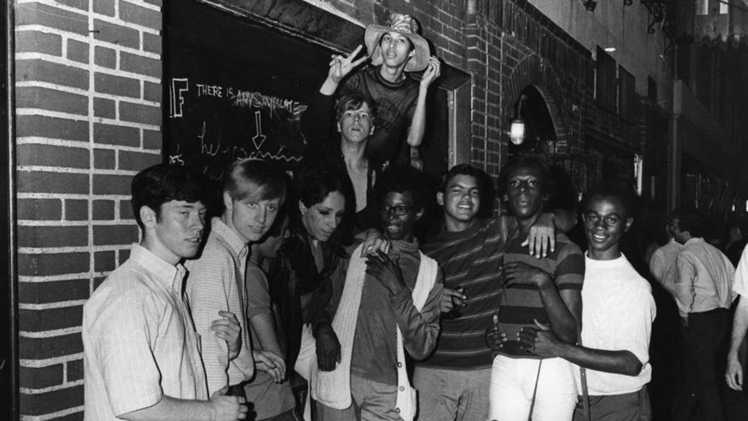 Stonewall-gay-lgbt-Estados-Unidos-negros-orgullo-01
