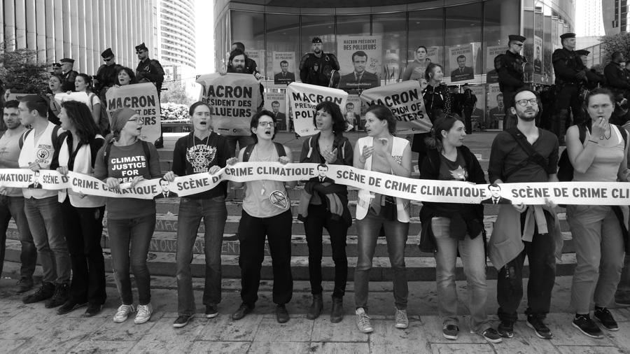 Violeta-Ramirez-Macron-Francia-manifestacion-ecologia-01