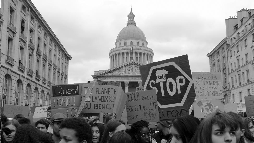 Violeta-Ramirez-Macron-Francia-manifestacion-ecologia-03
