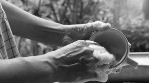 Mujeres en cuarentena: cuidadoras de tiempo completo y sobrecarga de trabajo