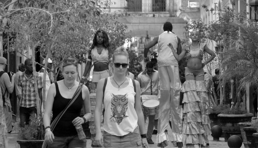 America Latina turistas estadounidenses la-tinta