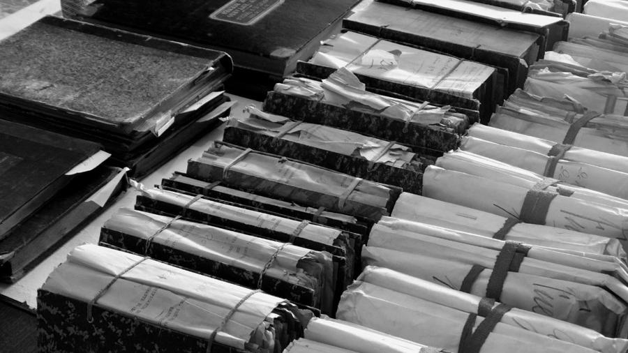 Archivo-libros-biblioteca-02