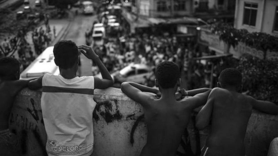 Brasil turismo favelas pobreza la-tinta
