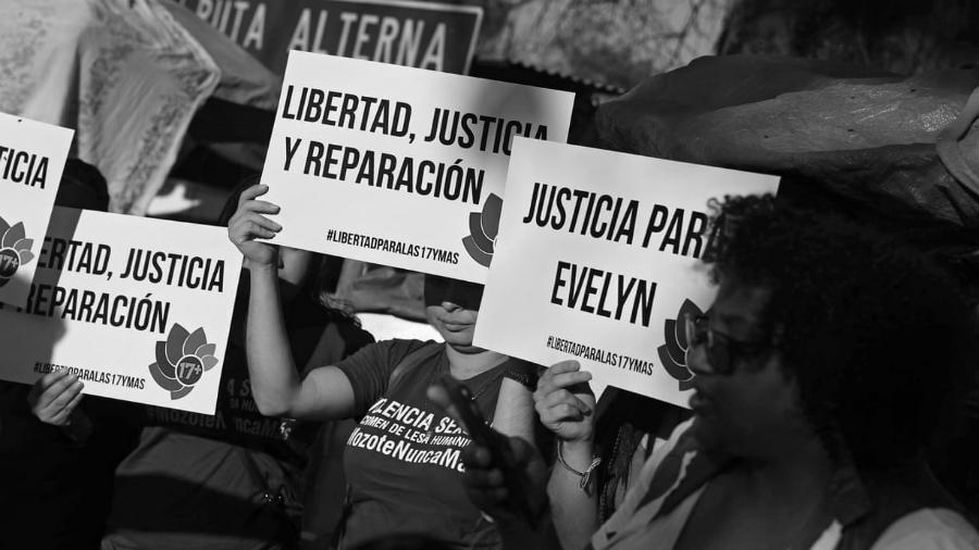 El Salvador Libertad para las 17 la-tinta