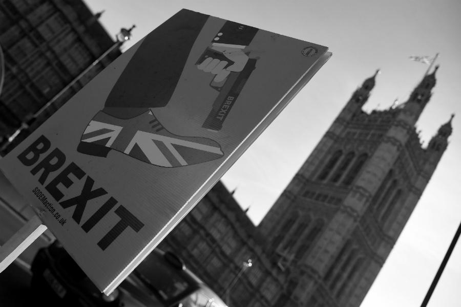 Gran Bretaña campaña contra Brexit la-tinta