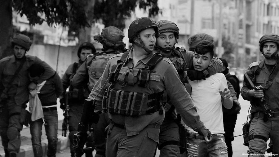 Israel solados niños palestinos la-tinta
