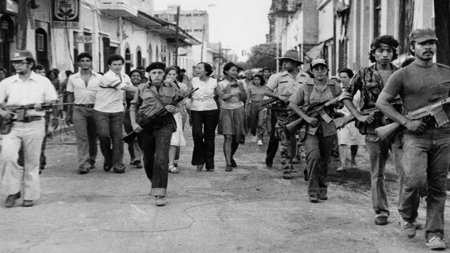 Nicaragua revolucion mujeres guerrilleras la-tinta