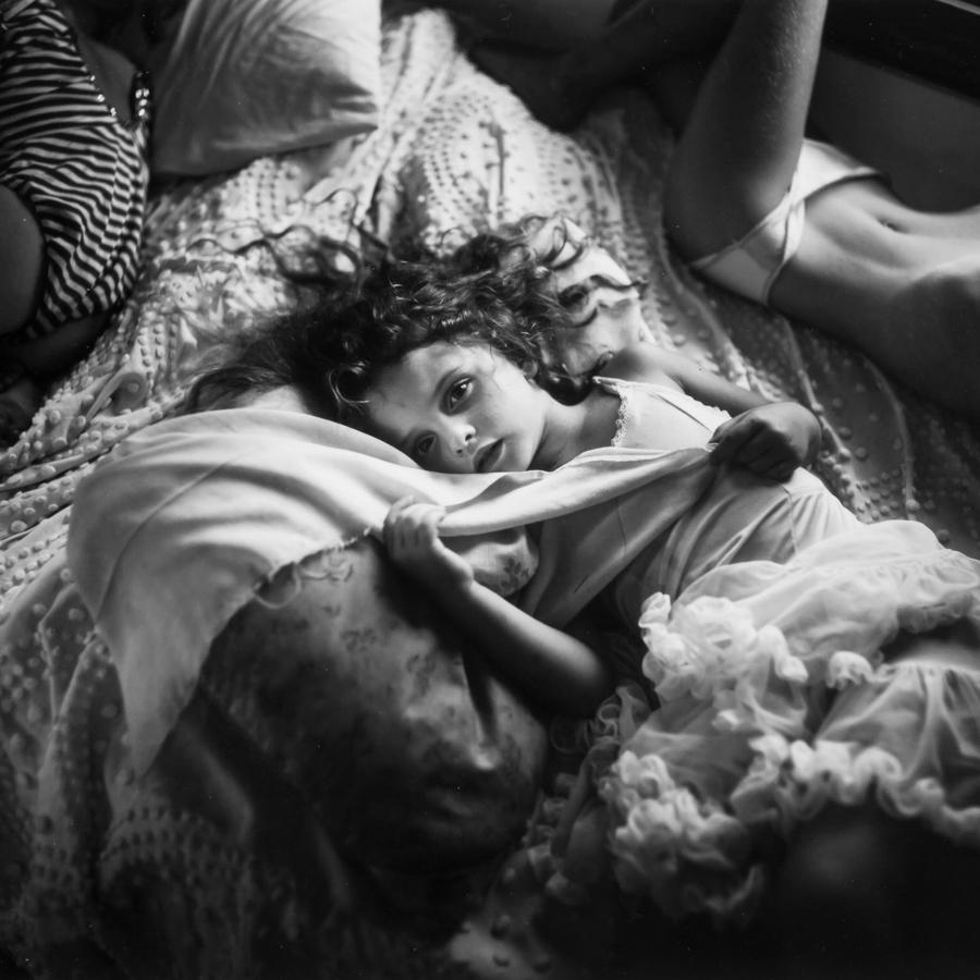 Sally-Mann-nena-niña-retrato