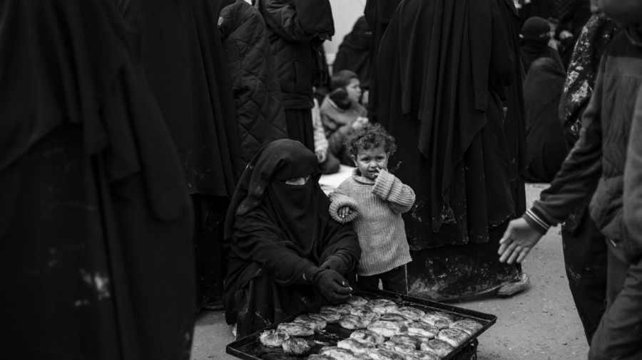 Siria Al Hol madre e hijo refugiados la-tinta