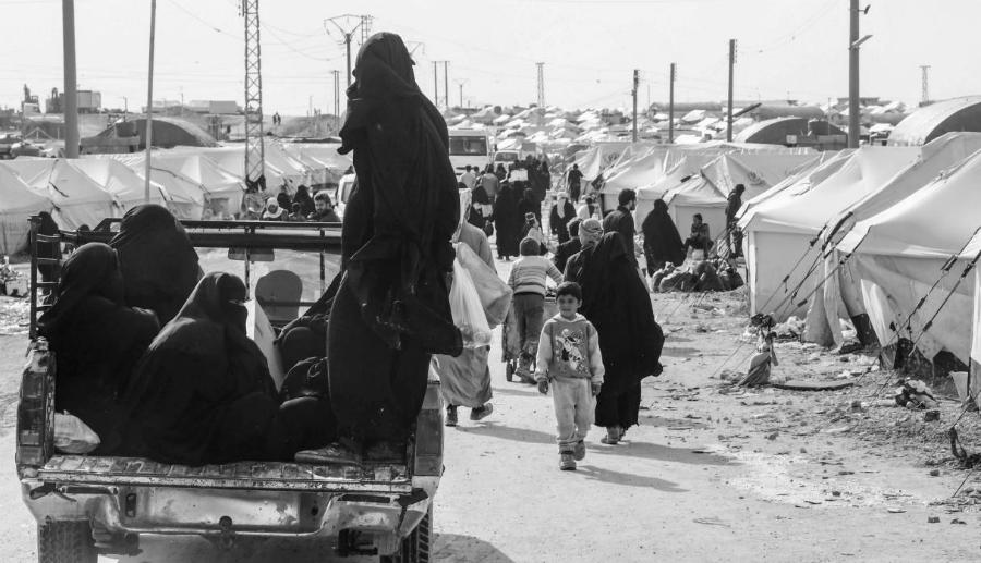 Siria Al Hol mujeres y niños refugiados la-tinta